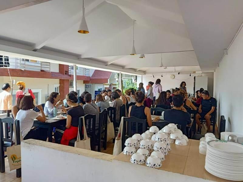 Cafeteria indian yoga School