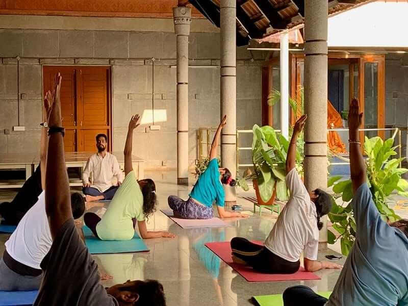 500 hour yoga teacher training school in Bengaluru