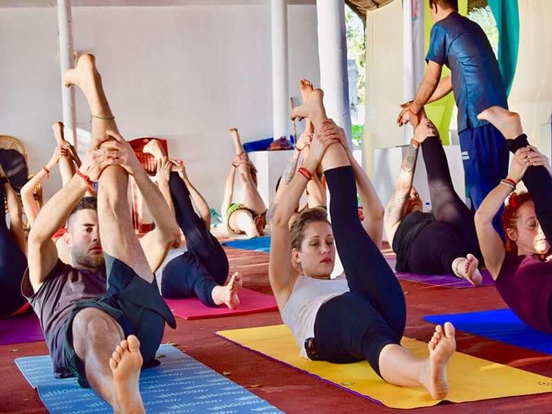 yoga teaching school in varkala